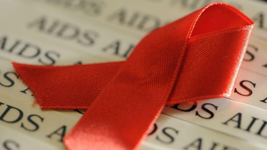 Homo HIV suku puoli