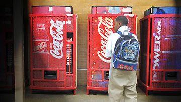 Coca Cola pitää kiinni Coca Cola Classicistaan.