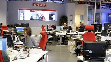 MTV3:n uutistoimitus Pasilassa Helsingissä torstaina 18. elokuuta 2011. Kuva: Lehtikuva