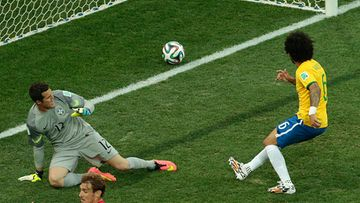 Marcelo avasi MM-kisojen maalihanat osumalla omiin.