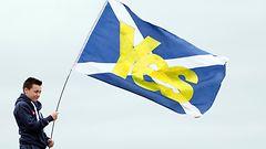 Kananmunat lentelev�t Skotlannissa