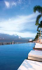 marina_bay_sands_pool