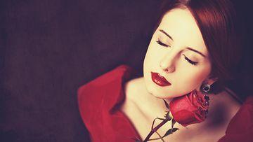 Ruusun tuoksussa piilee monta eri merkitystä.