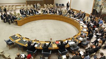 YK:n turvallisuusneuvosto hyväksyi 21. huhtikuuta sotilastarkkailijoiden lähettämisen Syyriaan.