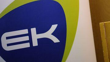 Elinkeinoelämän keskusliitto EK:n logo.