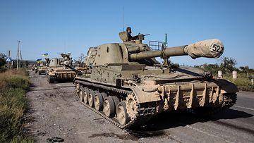Ukraina sota sotilas panssarivaunu