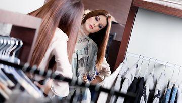 vaatteet, pukeutuminen, vaatekaappi, shoppailu