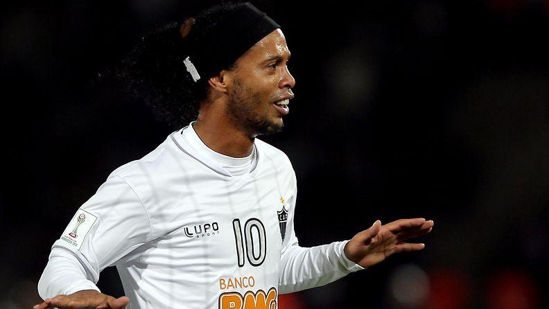Ronaldinho Atletico Mineiron paidassa