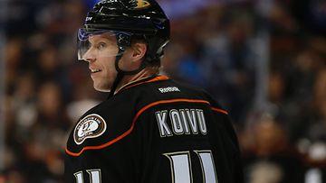 Saku Koivu viimeisellä Ducks-kaudella.