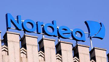 Nordealaisten suomalainen ammattiliitto Nousu ei hyväksy pankkikonserni Nordean kaavailemia vähennyksiä. (Kuva Lehtikuva)