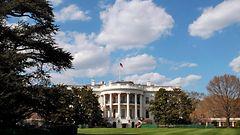 Valkoisen talon tunkeutuja kantoi teräasetta
