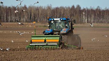 traktori_maanviljelijä