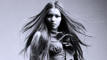 sähköiset-hiukset-kuriin