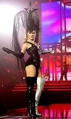 Kylie-Minogue-4