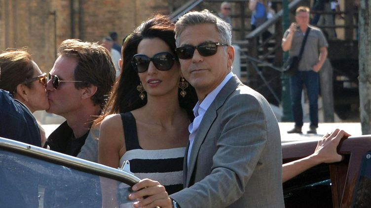 KUVAT: George ja Amal vahvistivat liittonsa Venetsian kaupungintalolla