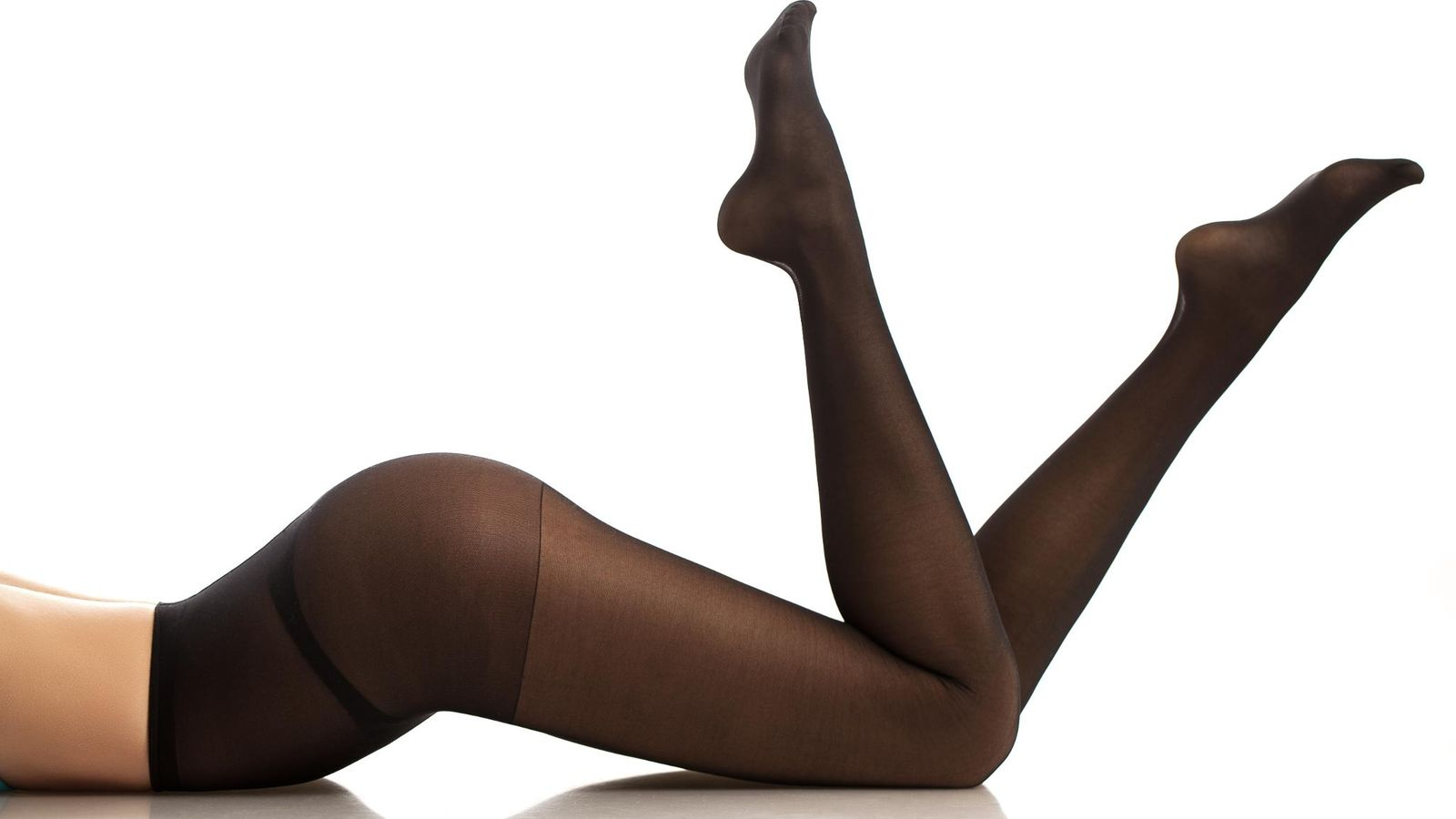 mustat vai ihonväriset sukkahousut Aanekoski