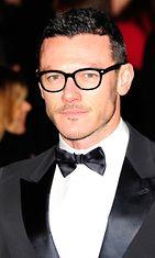 Luke-Evans-silmälasi