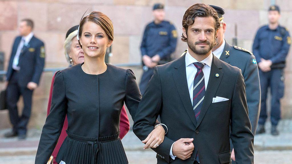 KUVAT: Kaarle Kustaa suosii Sofiaa – otti upeasti paikkansa perheessä