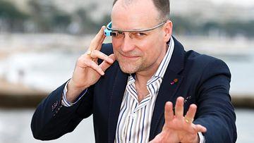 google glass dubai poliisi älylaite silmälasit älylasit