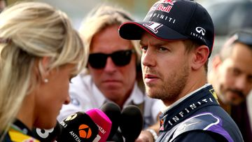 Vettel ei kest� Ferrarin painetta