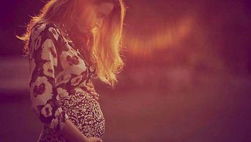 Blake Lively raskaana