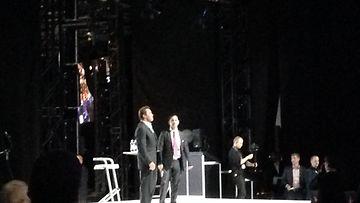 Arnold Schwarzenegger hurmasi hauskalla puheellaan Messukeskuksessa
