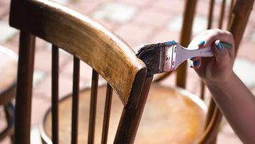 maalata tuolia