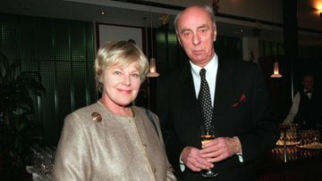 Elisabeth ja Ove Rehn vuonna 2000