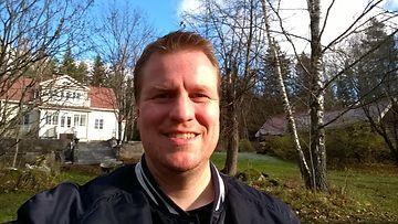 Nokia Lumia 735 -selfiepuhelimella otettu kuva