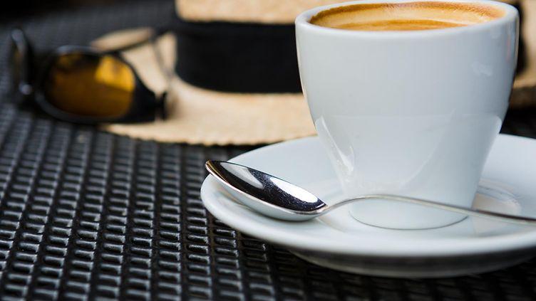 Yllättävä totuus suomalaisista: Toimitko sinäkin kahvin kanssa näin?