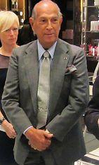 Oscar de la Renta edusti vielä syyskuussa 2014 New Yorkissa. (1)