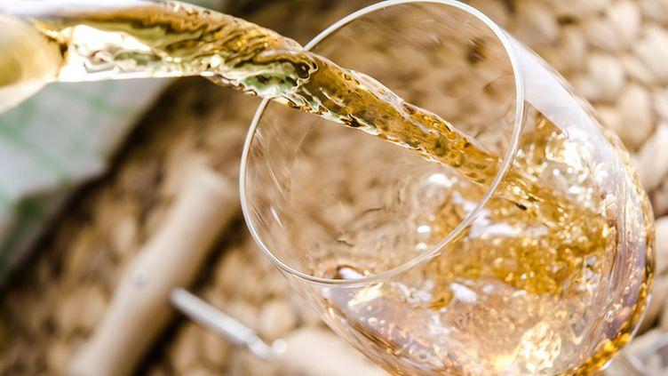 Enemmän irti kuohuviinistä: Riko tarjoilusääntöjä!