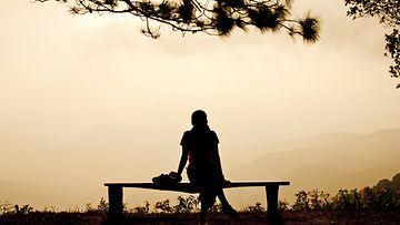 Yksinäisyys-vaikuttaa-terveyteen