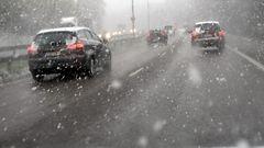 Lumikuurot haittaavat liikennett� lounaassa - huomenna pyrytt�� etel�ss�