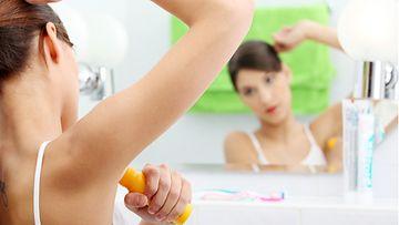 Deodorantit-ja-antiperspirantit-saattavat-olla-haitallisia