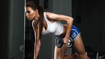 nainen-treenaa