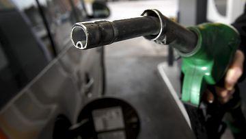 27225730 Bensiini öljy tankkaus huoltoasema diesel