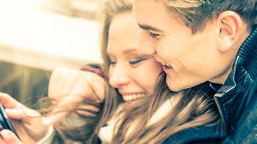 nettitreffit, tinder, deittailu, rakkaus