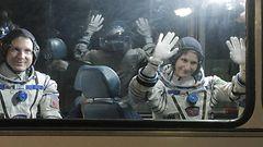Italian ensimm�inen naisastronautti l�hti avaruuteen