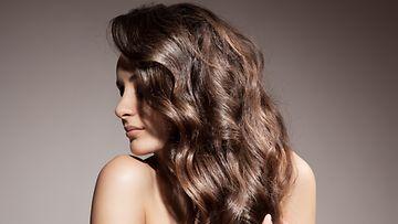 Näin-saat-hiusvärin-kestämään-kauemmin