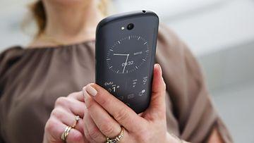 27506025 Kahden näytön älypuhelin YotaPhone 2