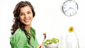 8 tunnin dieetti, kello, ruoka, nainen
