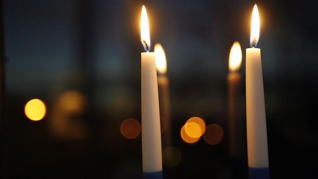 2 Kynttilää Itsenäisyyspäivä