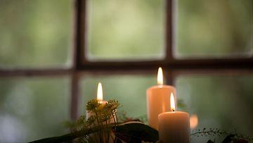 kynttilät, ikkuna