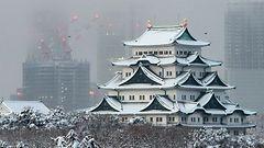Japanissa paikoin pari metriä lunta