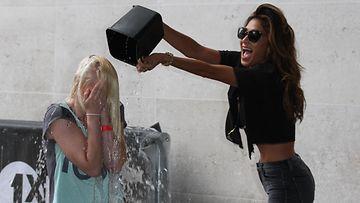 Ice Bucket Challenge ja Nicole Scherzinger