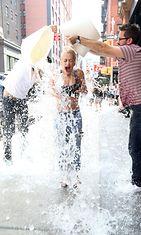 Ice Bucket Challenge ja Rita Ora 2