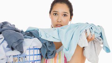 nainen, pyykit