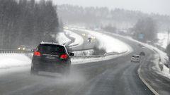 Loppuviikon sää: Pohjoiseen kymmeniä senttejä lunta – vesisade uhkaa rannikon lumia