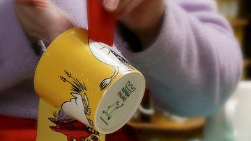 Muumi-astioiden valmistus alkoi 1950-luvulla.
